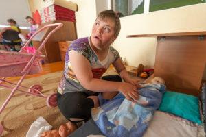 Можно ли сдать ребенка в интернат на время
